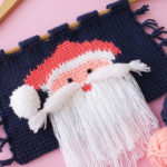 Beautiful-Knit-like-Crochet-wall-hanging-with-Santa-Face-02